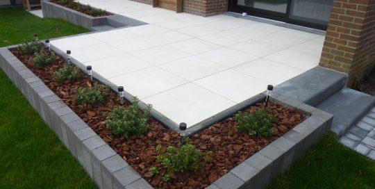 tuinaanleg, tuinontwerp, terras keramische tegels, Kortenberg